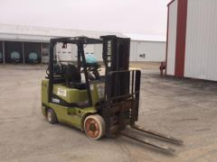 Used Equipment Sales Fork Lift  06 Clark 6,000lb.cgc30 1997 H in Evansville IN